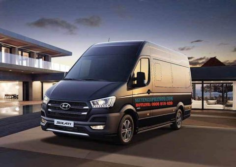 So sánh Hyundai Solati với Ford Transit