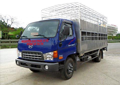 Xe tải hyundai 8 tấn đóng thùng chở heo